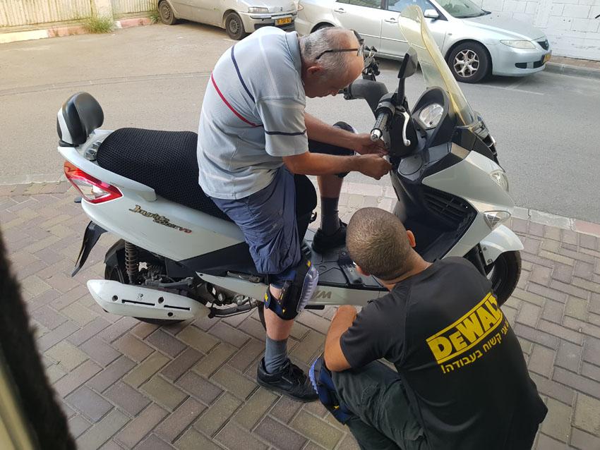 דגדוג אופנועים